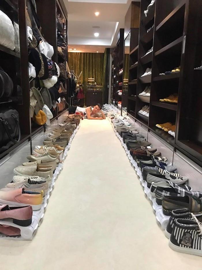 Trấn Thành và loạt sao Việt sở hữu các bộ sưu tập đồ hiệu giá đắt to bằng cửa hàng