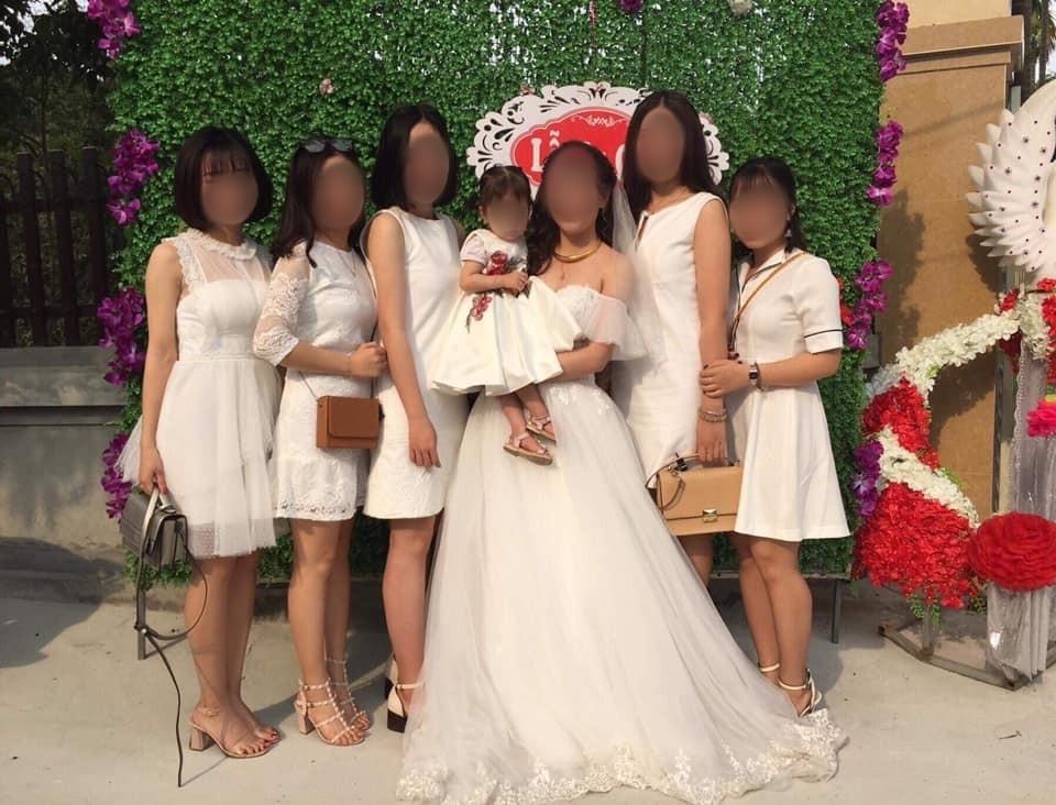 Tranh cãi văn hoá đi ăn cưới của giới trẻ Việt: Ngày càng lồng lộn, lấn át cả cô dâu? Bình luận bài viết này