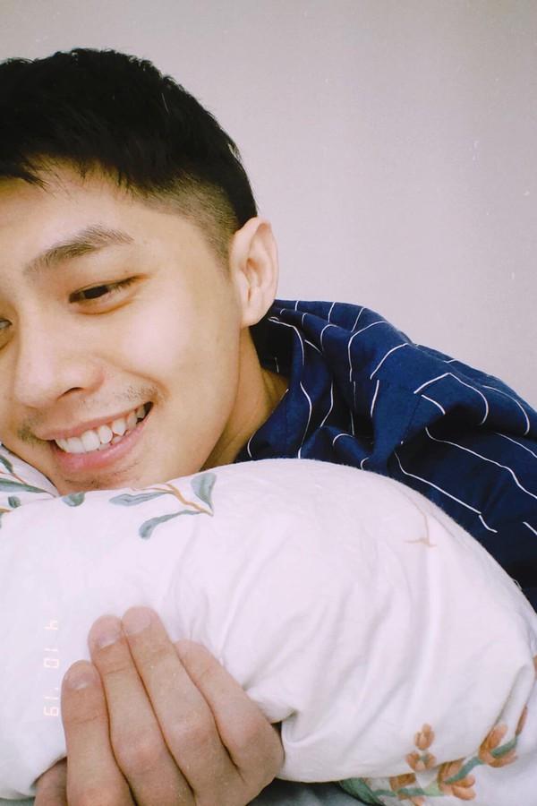 Bất ngờ để lộ ảnh giường chiếu, Noo Phước Thịnh khiến fan mất máu