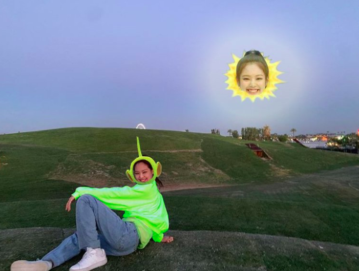 Nếu được một lần check-in tại Coachella, bạn tuyệt đối đừng chụp ảnh gây suy nhược như Jennie (BLACKPINK) nhé!