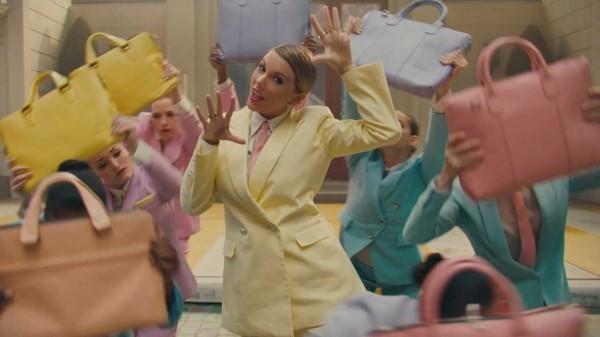 MV ME! của Taylor Swift bất ngờ bay màu 10 triệu views: Chuyện gì đang xảy ra vậy?