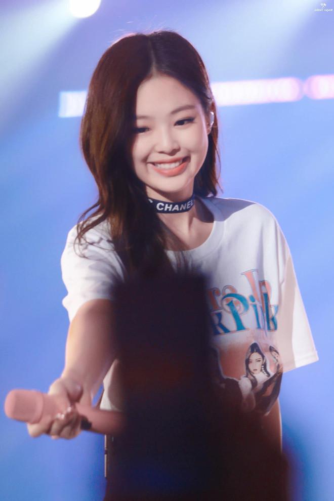 Năm lần bảy lượt biến anti thành fan, Jennie đúng là cô gái vàng của làng cảm hoá anti