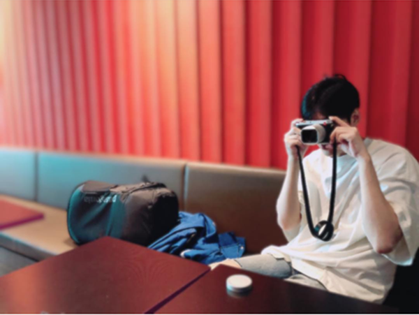 Tan chảy trước vẻ đẹp ngọt ngào, điển trai của Lee Min Ho sau thời gian xuất ngũ