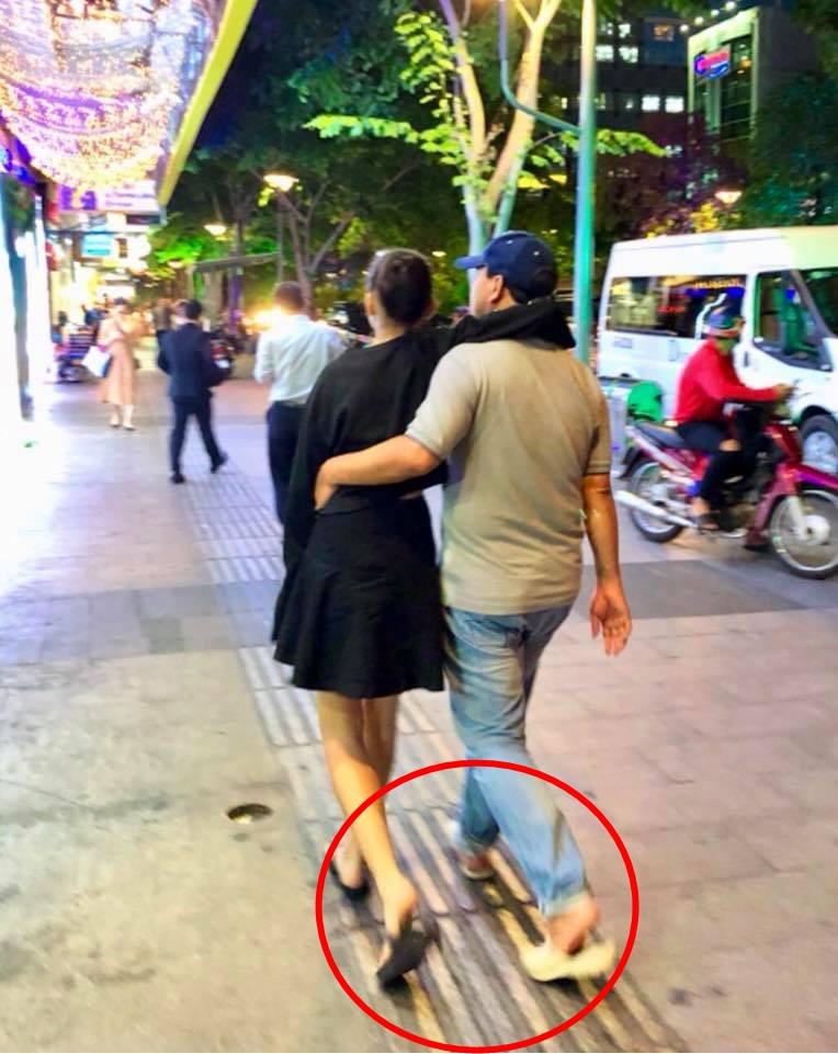 Cư dân mạng đòi hải quan tịch thu một thứ đồ rất đáng yêu của MC Quyền Linh khi đi du lịch với gia đình