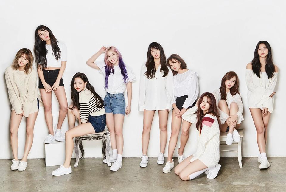 Chuỗi thành tích vô tiền khoáng hậu của BTS và BLACKPINK: Tiêu chuẩn mới khiến những nhóm nhạc khác chẳng còn cửa cạnh tranh?