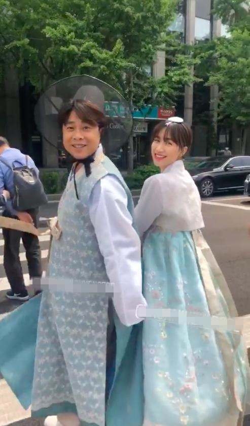Lộ ảnh Hòa Minzy diện Hanbok tình bể bình cùng người yêu ở Hàn: CĐM trầm trồ lãng mạn như đang chụp ảnh cưới?