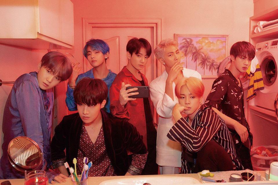 Nếu mãi vịn vào danh hiệu quốc dân để phủ nhận BTS và BlackPink, ai sẽ giúp Kpop cất cánh ra biển lớn?