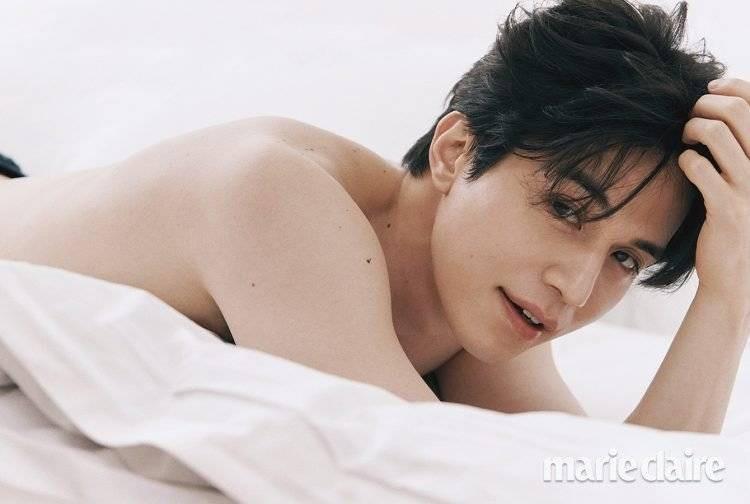 Khiến chị em xịt máu mũi với body cuồn cuộn, ai mà ngờ Lee Dong Wook từng một thời béo ú nu thế này