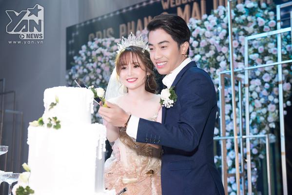 Nổi tiếng hài hước nhưng Cris Phan và loạt sao nam lại mít ướt hơn vợ trong ngày cưới