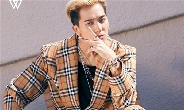 Vừa tung teaser Hãy trao cho anh, Sơn Tùng đụng hàng đồ hiệu với gà cưng YG
