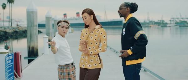Chẳng kém cạnh BB Trần, Hải Triều cũng đua đòi diện áo bà ba xuất hiện trong MV của Sơn Tùng