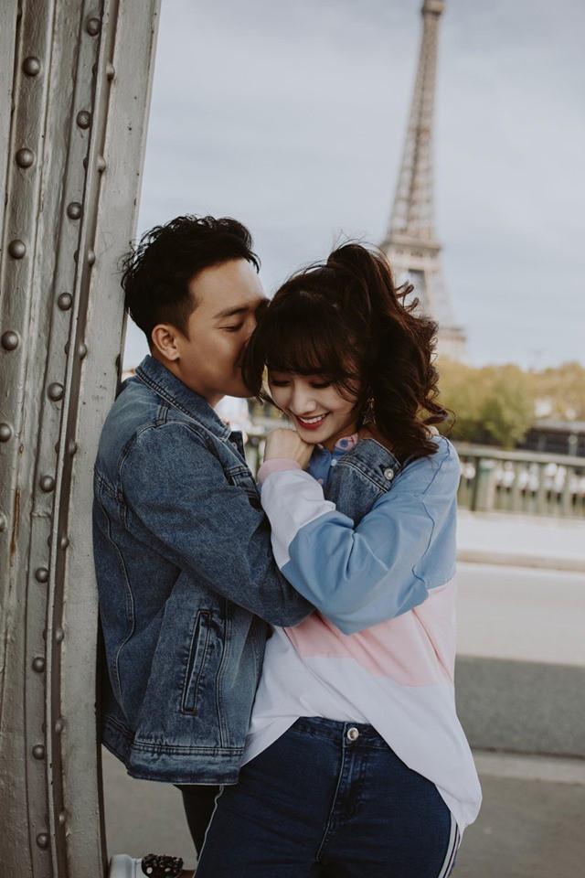 Tan chảy bộ ảnh Trấn Thành và Hari Won tại Paris: Khoá môi, tay trong tay cực ngọt, nhìn vào là muốn yêu ngay!