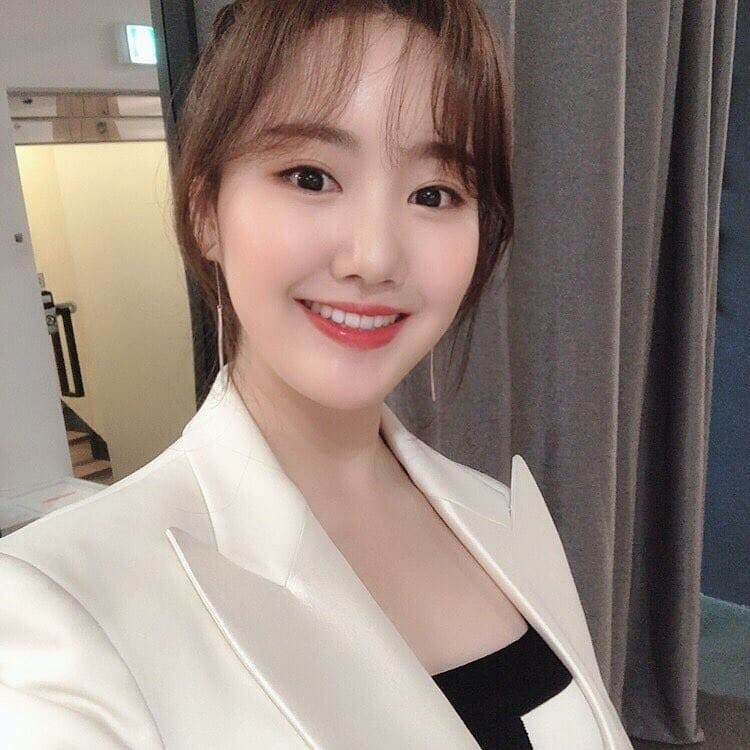 Sau 10 năm sao nhí xấc láo nhất Gia đình là số 1 Jin Ji Hee đã thay đổi: Thành tích học tập khủng, gây sốt vì quá xinh