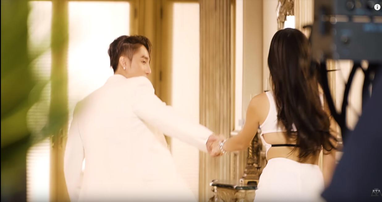 Hậu trường Hãy Trao Cho Anh hé lộ loạt khoảnh khắc vô cùng thú vị giữa Sơn Tùng M-TP và Madison Beer chưa bao giờ xuất hiện trên MV!