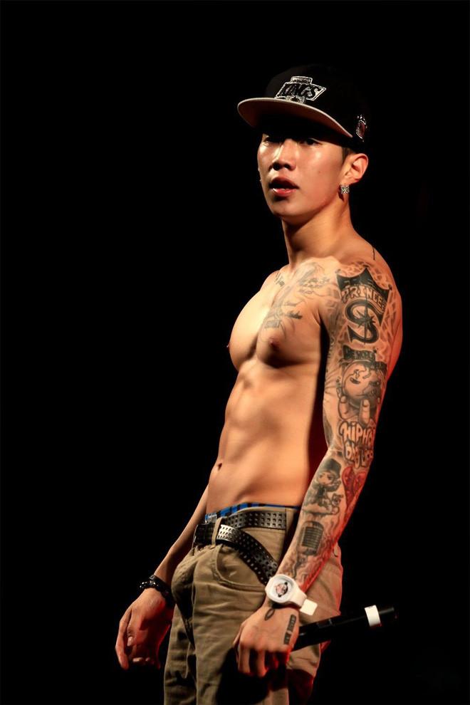 Đến Việt Nam rủ crush Sơn Tùng không được, Jay Park làm điều healthy và balance mà vẫn khiến chị em phát sốt