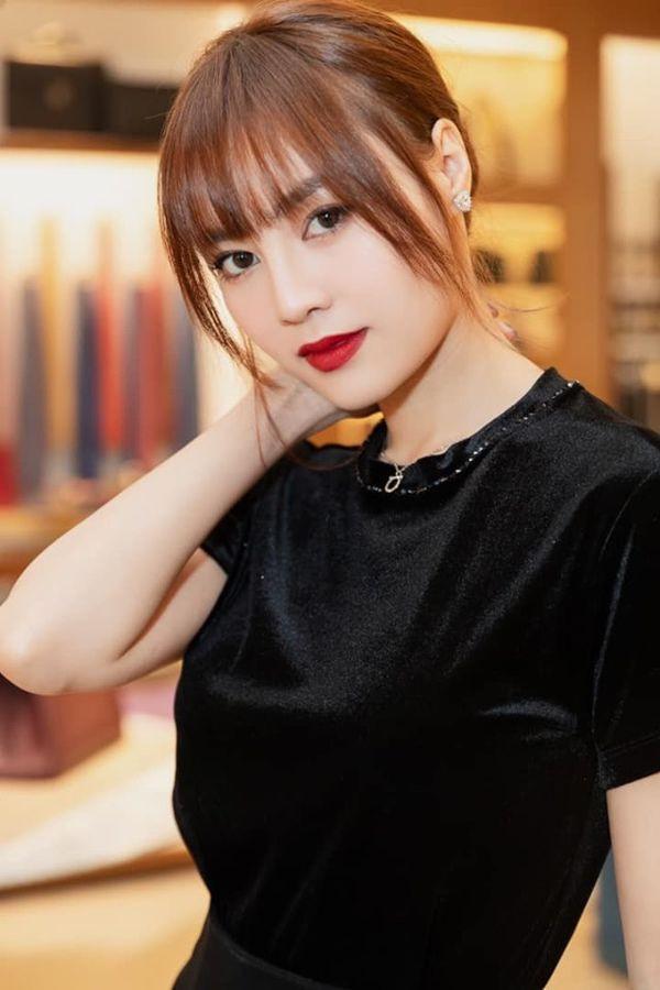 Đông Nhi rủ Ninh Dương Lan Ngọc qua nhà quay MV, fan lập tức triệu hồi… cây hài Diệu Nhi