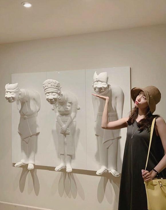 Yoona (SNSD) khoe dáng thon, xinh lung linh trong chuyến du lịch tới Bali khiến CĐM bấn loạn