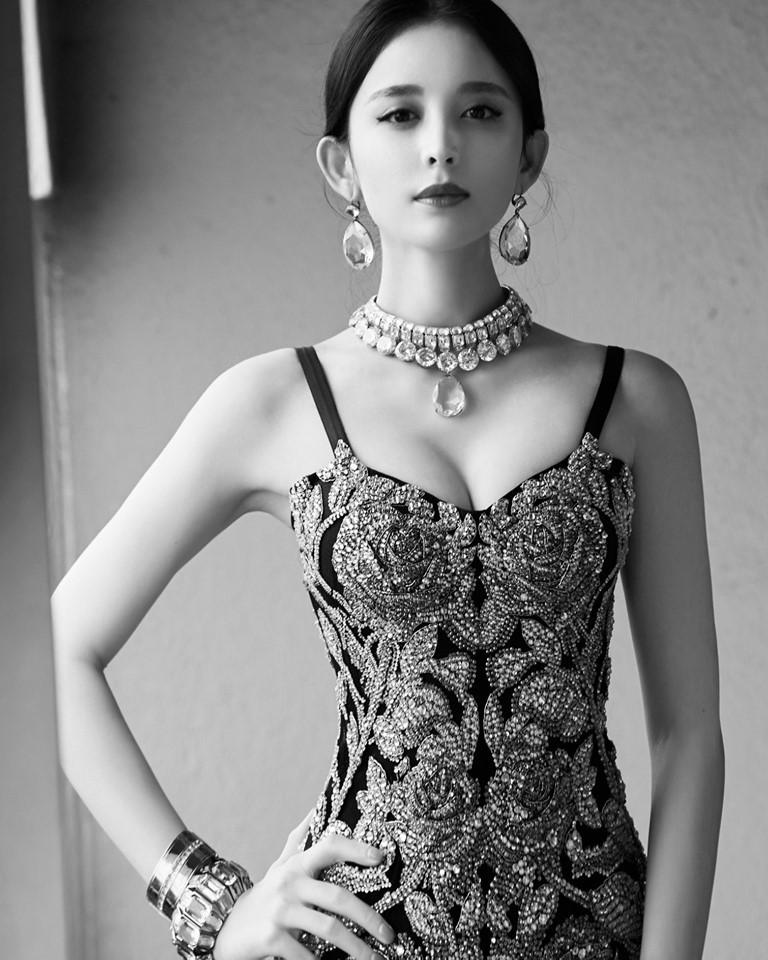 Loạt minh tinh châu Á lột xác hở bạo hậu chia tay: Kết quả bất ngờ, đúng là phụ nữ đẹp nhất khi không thuộc về ai!