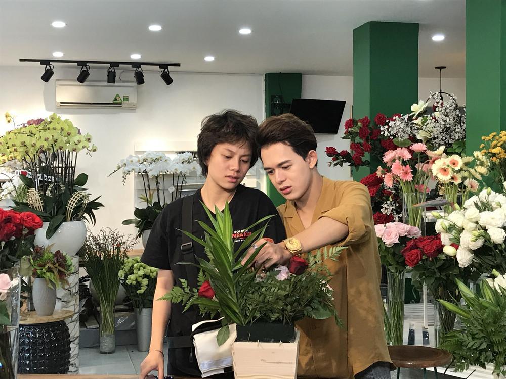 Mặc kệ hot girl phá hoại mối tình cặp đôi chim ri, Bảo Hân dành cho Quang Anh nụ hôn đầu tiên đây này!