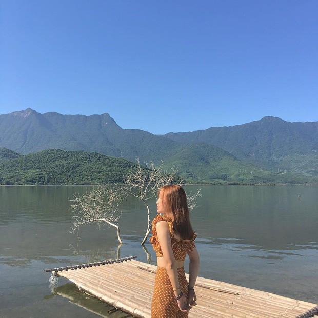 Sơn Tùng M-TP lại trêu Sky nữa rồi, đăng ảnh sống ảo ở Huế nhưng phía dưới caption lại hướng về Hà Nội là sao?