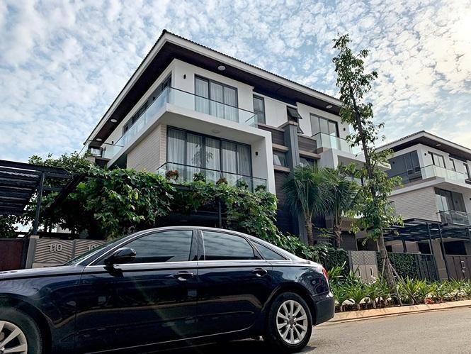 Hồ Ngọc Hà tậu nhà gần 30 tỷ trong khu biệt thự triệu đô ven sông bất ngờ trở thành hàng xóm với Cao Thái Sơn