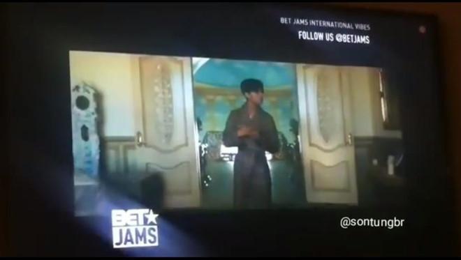 Hãy Trao Cho Anh của Sơn Tùng MTP vừa được trình chiếu tại Mỹ trên một kênh truyền hình âm nhạc