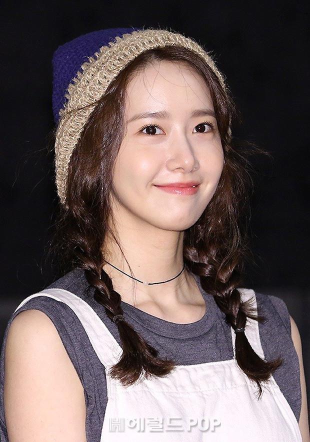 Thánh hack tuổi Jang Nara có lẽ phải kiêng dè Yoona sau sự kiện hôm nay: 29 tuổi mà như nữ sinh trung học!