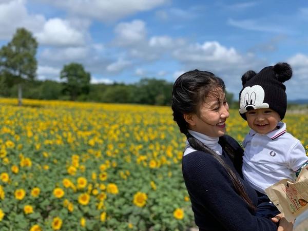 Nguyệt Ánh công khai cận cảnh gương mặt con trai cực đáng yêu trong chuyến du lịch Nhật Bản