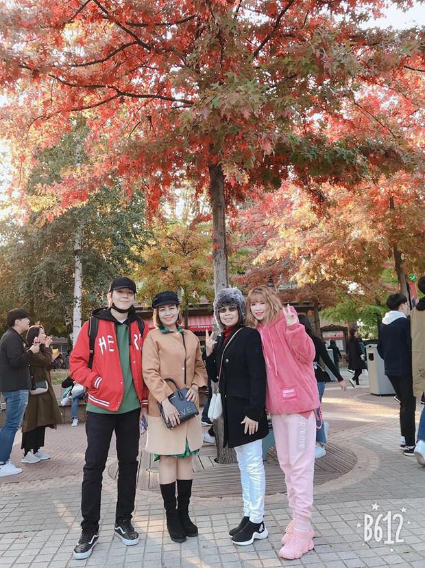 Vợ chồng Khởi My - Kelvin Khánh đón sinh nhật ấm áp, giản dị bên nhau nhưng ảnh thời ngố tàu mới gây chú ý