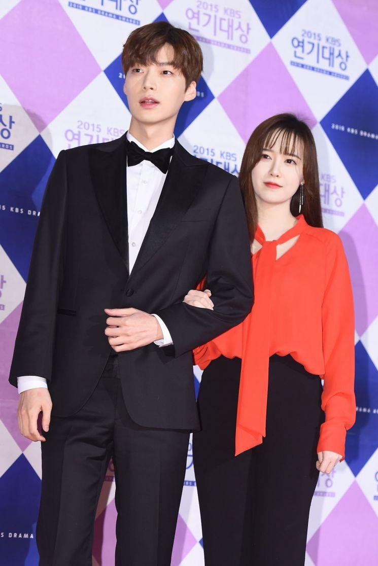 Ahn Jae Hyun gửi lời xin lỗi sau bao ngày im lặng, tiết lộ những góc khuất  phía sau cuộc hôn nhân