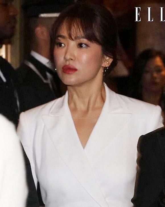 Song Hye Kyo đẹp xuất sắc sau hậu ly hôn nhưng chi tiết này cho thấy cô đang có dấu hiệu lão hóa