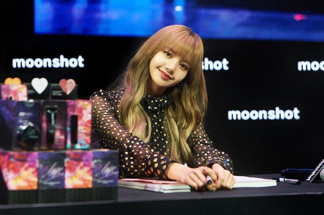 Lộ bằng chứng Lisa (BLACKPINK) trở thành cố vấn cho show thực tế Trung Quốc, cớ sao YG vẫn chưa xác nhận?