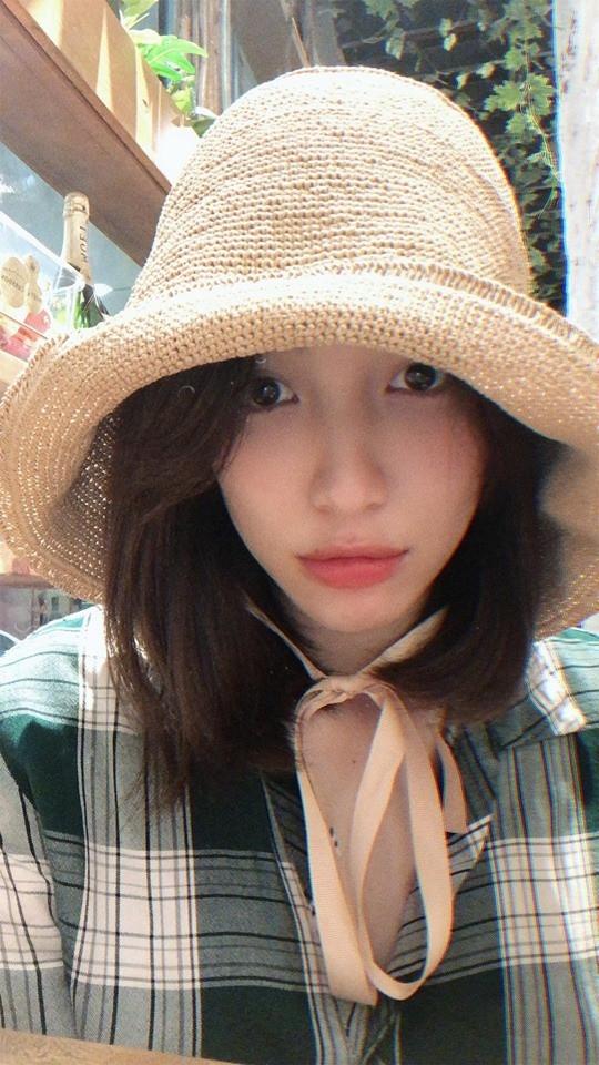 Bị cà khịa khi có bạn trai giàu có, Hòa Minzy chẳng ngần ngại thừa nhận: Có bạn trai để ăn bám cũng thích mà