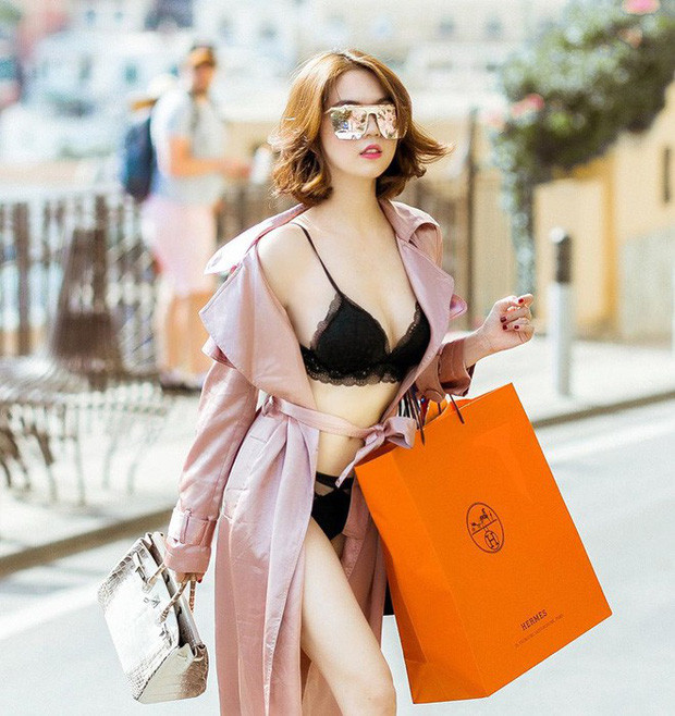 """Đáng yêu như Diệu Nhi hết xin xỏ túi của Ngọc Trinh bây giờ lại tiếp tục : """"Đồ tắm đẹp quá, ước gì…"""""""