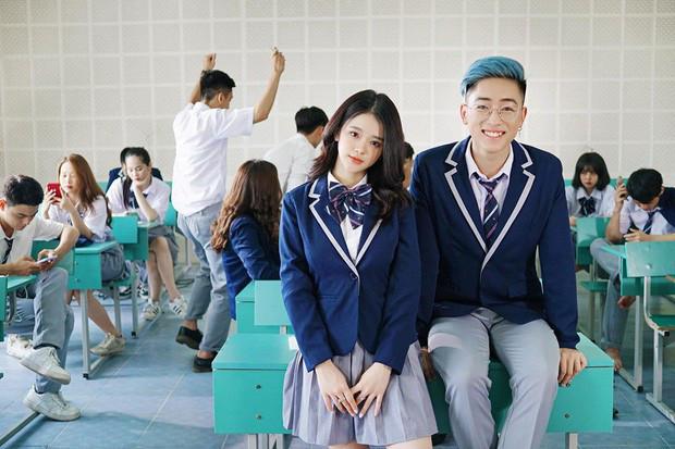 Linh Ka bị bắt gặp đi chơi vui vẻ với trai đẹp giữa nghi án hẹn hò với Will