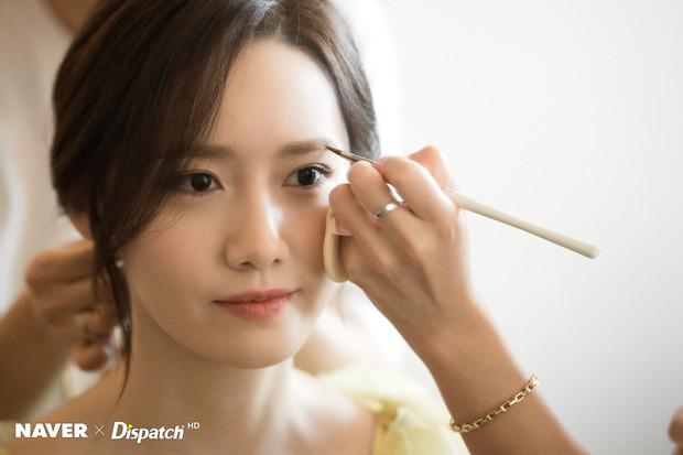 Hậu trường khoe nhan sắc xinh đẹp như tiên tử của Yoona (SNSD), thần thái kiêu sa ngút ngàn tại LHP Busan