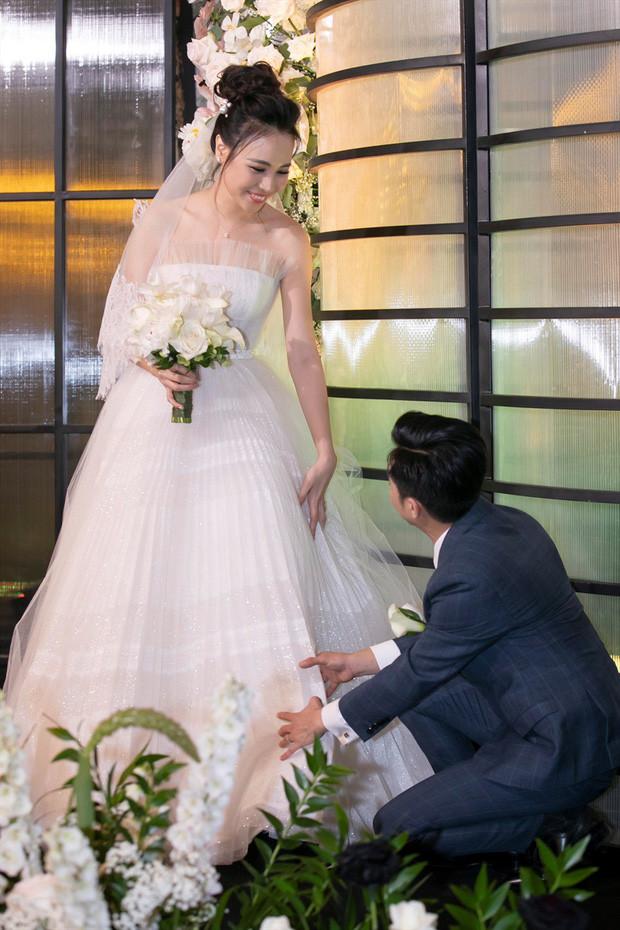 Những quy định dành riêng cho khách mời trong đám cưới Đông Nhi - Ông Cao Thắng và dàn sao Việt
