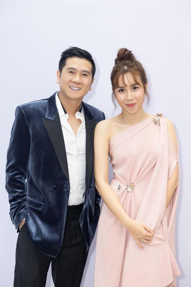 Chỉ chi tiết này nghi vấn mối quan hệ vợ chồng không suôn sẻ của Lưu Hương Giang sau khi đính chính tin đồn ly hôn
