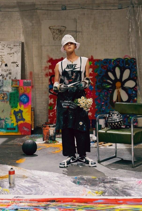 G-Dragon tung ảnh mẫu giày kết hợp với Nike, tiết lộ chỉ có 88 đôi