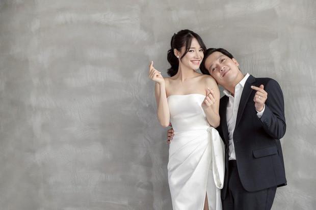 Nhân dịp showbiz đang tưng bừng hỉ sự, ngắm lại loạt ảnh cưới đẹp đến ngỡ ngàng của dàn sao Việt đình đám