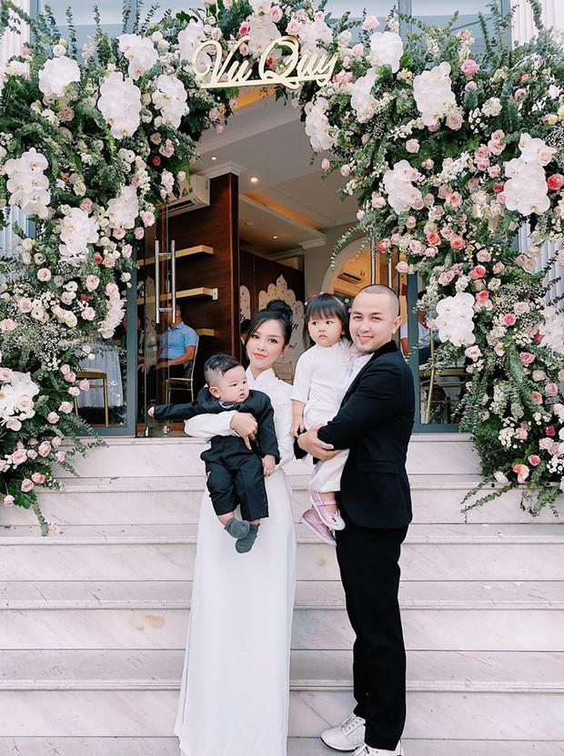 Ngọt ngào như anh trai Bảo Thy: Làm mai chồng đại gia cho em gái, đứng sau màn cầu hôn như mơ ở Maldives