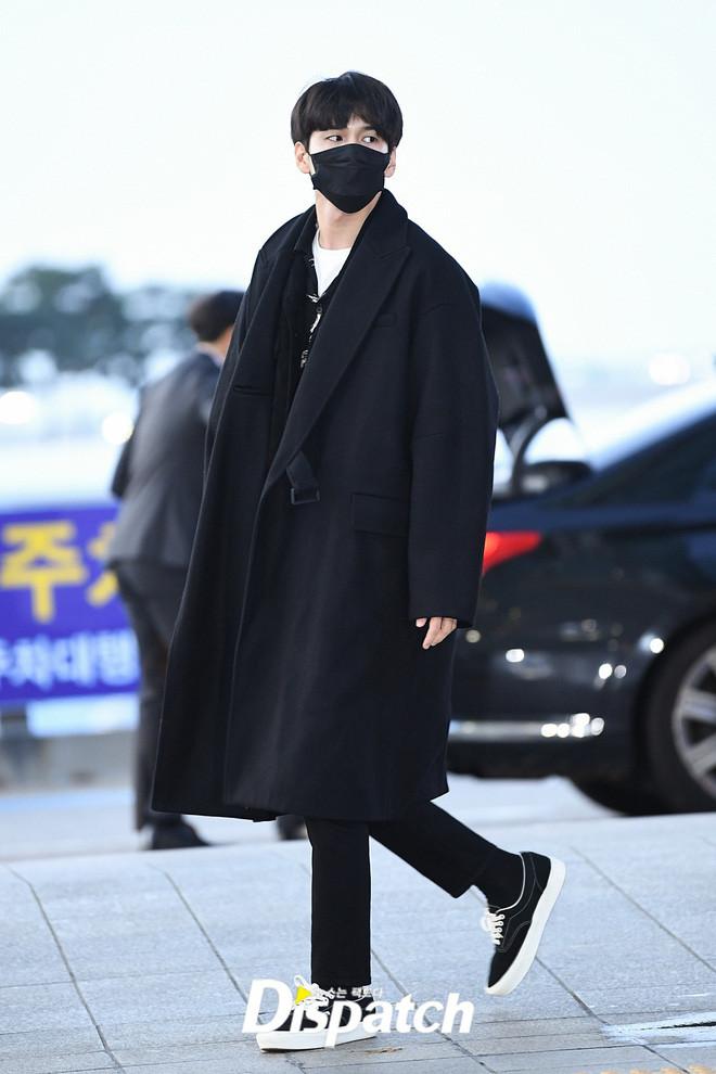 Dàn sao khủng tại sân bay Hàn sang Việt Nam dự AAA 2019 ngày 2:  Yoona buồn bã, Jang Dong Gun, GOT7 vừa khởi hành