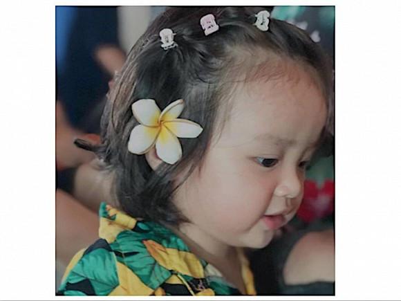 Sau thời gian giấu kín cuối cùng bã xã Hoài Lâm cũng khoe loạt ảnh của con gái đầu