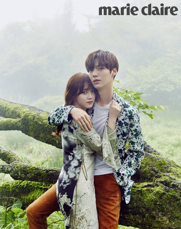 Ahn Jae Hyun im ắng hồi lâu bỗng công khai đá xéo Goo Hye Sun?