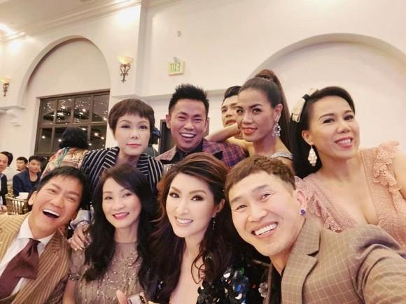 Việt Hương và dàn sao Việt nô nức dự đám cưới Xuân Lan tại Mỹ