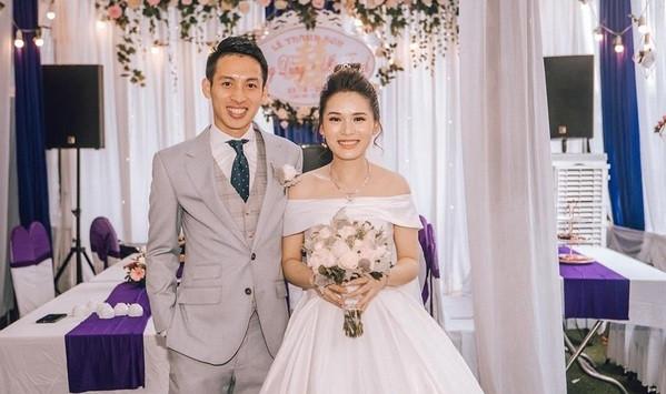 Bóc giá váy cưới của vợ các cầu thủ Việt Nam, không kém gì sao hạng A