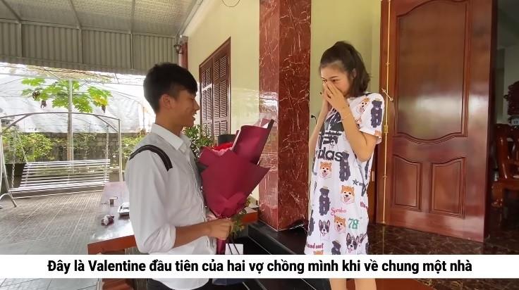 Vợ chồng Phan Văn Đức khoe ảnh ngọt ngào, hạnh phúc khi đi hưởng tuần trăng mật ở Đà Lạt