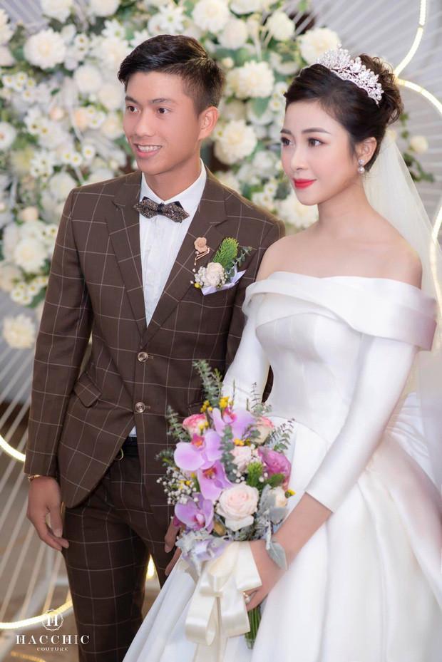 Không phải cưới chạy bầu, đây mới là lý do thực sự Phan Văn Đức và vợ vội vã làm đám cưới sau 5 tháng hẹn hò