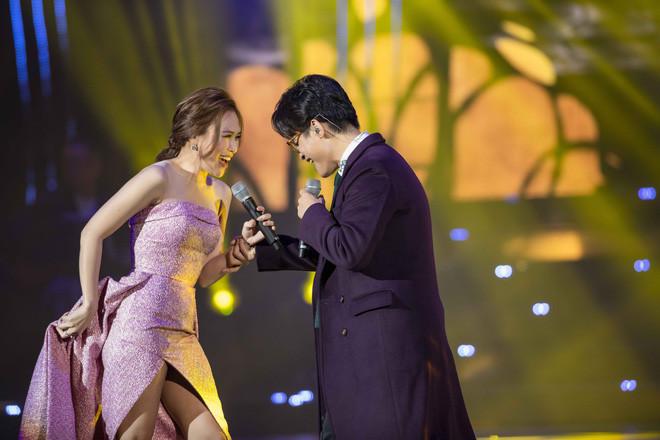 Hà Anh Tuấn - Mỹ Tâm đổi hit, lại còn dạy nhảy cho nhau: Xem xong fan nào lại không muốn ship cặp này đây