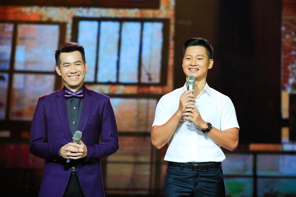 MC Quỳnh Hương khóc nghẹn bên dàn sao Việt trong ngày chia tay Thay lời muốn nói